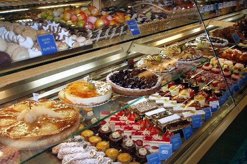 Ciastka - wystawa - sklepowa