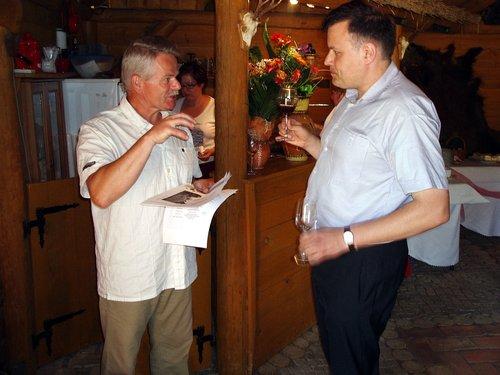 """Winnica """"Pod Orzechem"""" - właściciel winnicy i Krytyk Kulinarny Artur Michna"""