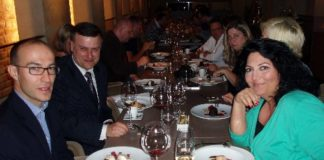 Uroczysta kolacja w Tamka 43 ze smakoszami z Wegier