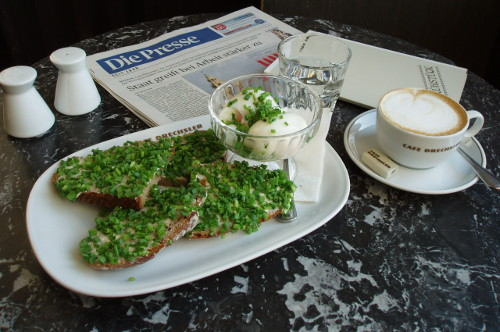 Café Drechsler - poranek przy kawie