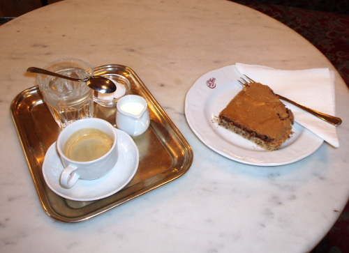 Café Sperl - kawa i torcik Sperl