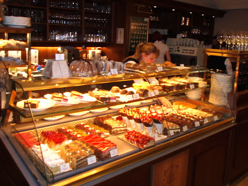 Café Residenz w Pałacu Schönbrunn - ciasta