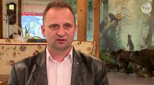 """Greg, właściciel resturacji """"Gościniec Myśliwski"""" (fot. player.pl)"""