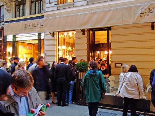 Kolejka do cukierni Demel, Wiedeń