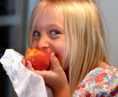 Zdrowa żywność w szkołach? / fot.  Bruce Tuten