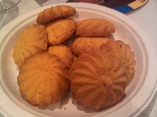 Maślane ciasteczka podawane do cygara