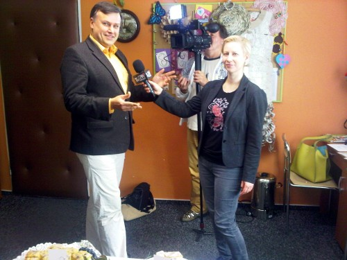Krytyk Kulinarny Artur Michna udziela wywiadu w TeTkaTV