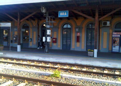 Dworzec, Bra