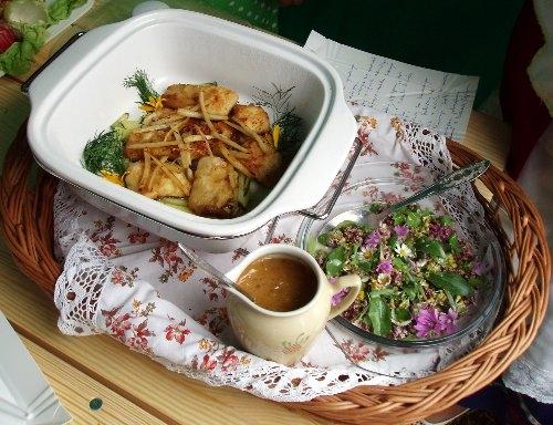 pstrag-lopian-salatka-z-kwiatow