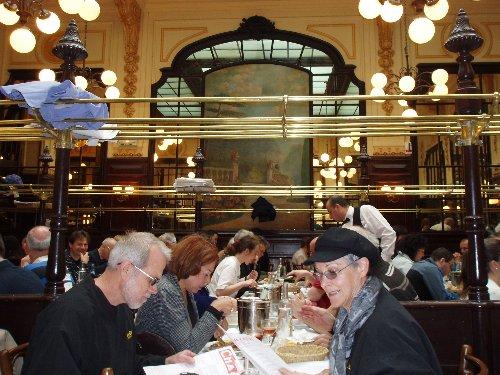 Podróż soczysta berlińsko-paryska - Le Bouillon Chartier - w środku