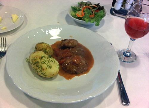 U Kucharzy w Sopocie danie podane klasycznie