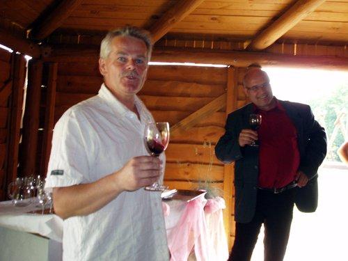 """Winnica """"Pod Orzechem"""" - prezentacja wina"""