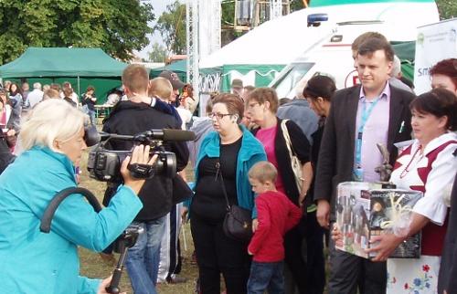 Reporterka TV Polonia w Wojtalu z Krytykiem Kulinarnym