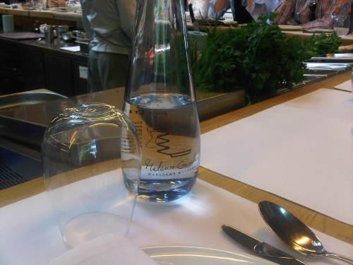 Woda w restauracji Mateusza Gesslera