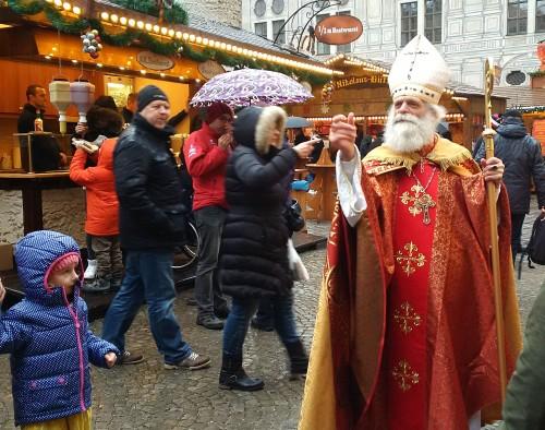 Jarmark w Monachium, św. Mikołaj