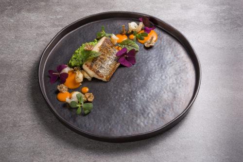 Zafishowani - Wędzony węgorz - węgorz młody, ziemniak, pietruszka, grzyby, boczek / fot. Noc Restauracji