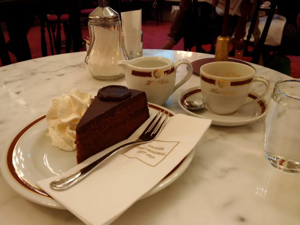 Tort Sachera, Wiedeń
