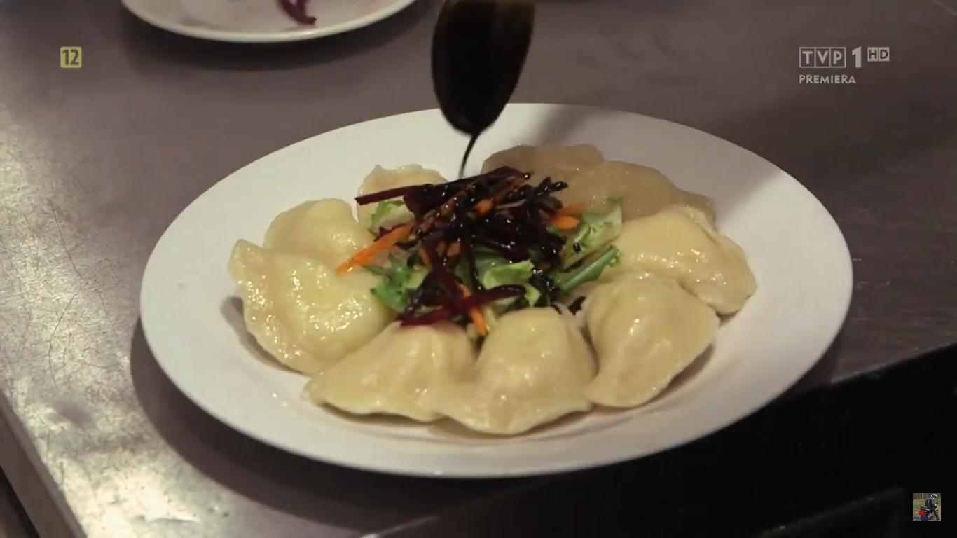 """Kadr z filmu dokumentalnego """"Co jadają papieże?"""" (TVP)"""